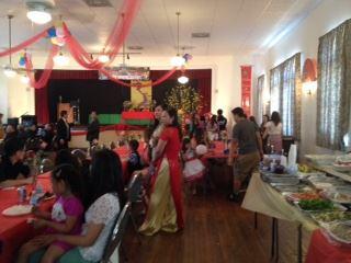 Người Việt tại Southwest tổ chức tất niên
