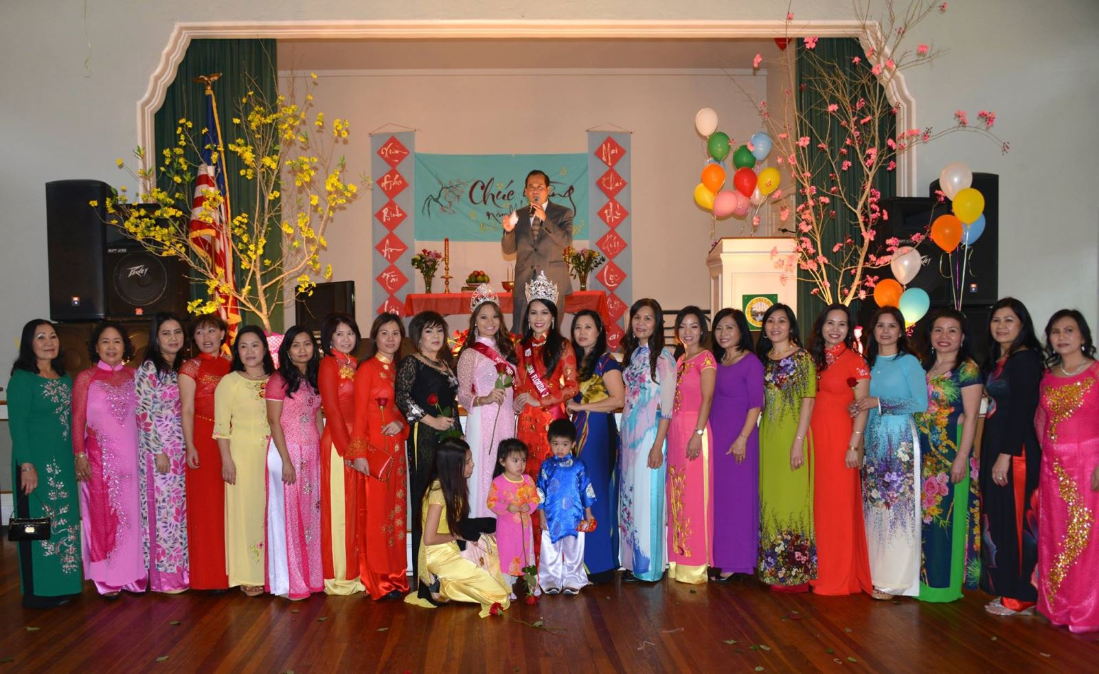 Văn Hoá Còn, Tiếng Việt Còn (Preserving Language Through Cultural Events)