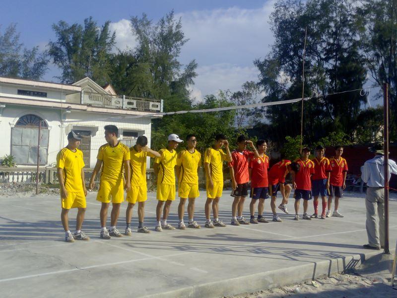 Giao hữu bóng chuyền : Trung Hải và Trường THCS An Bằng – Vinh An.