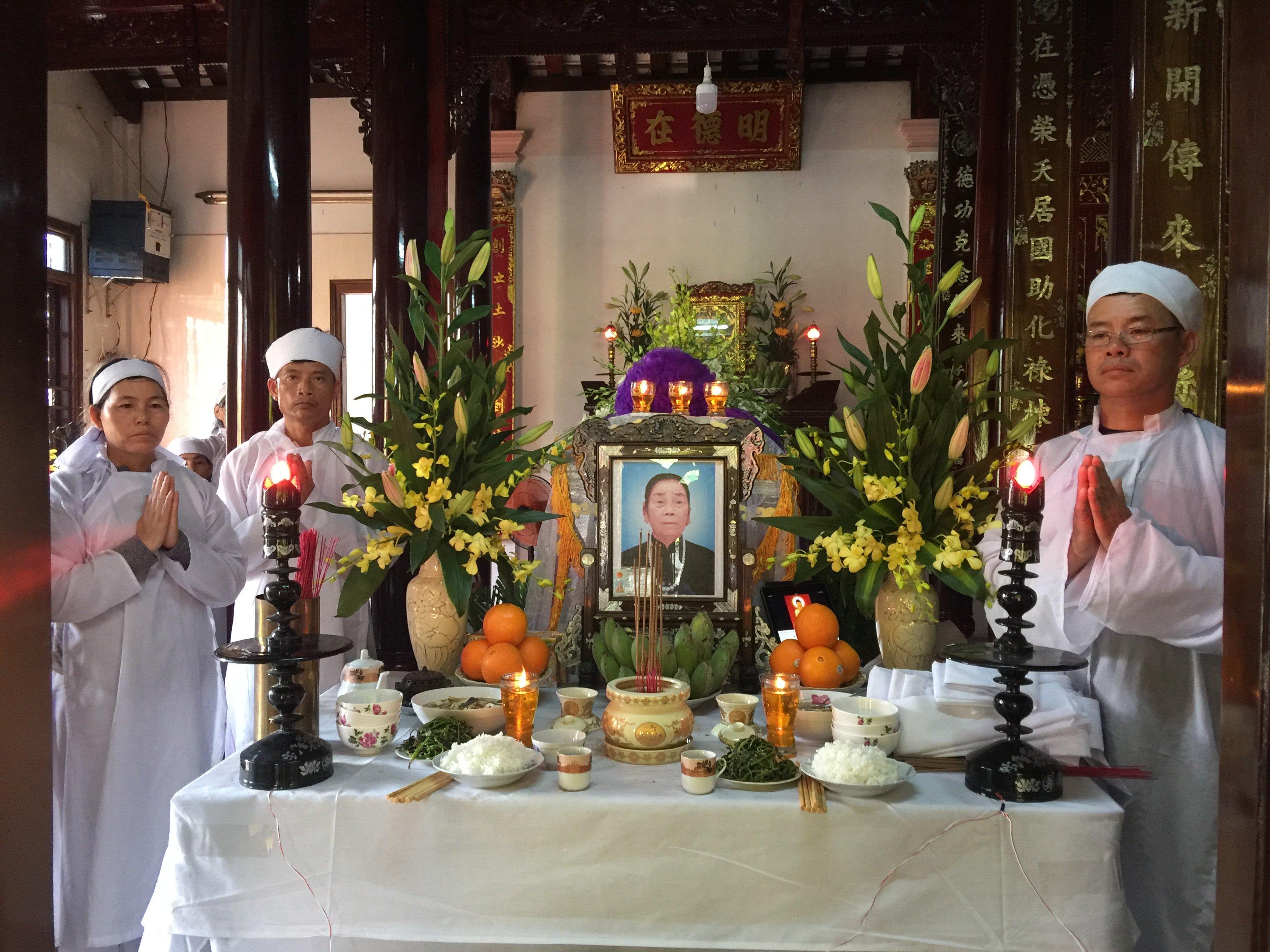 Cáo phó của gia đình ông Lê Văn Bính