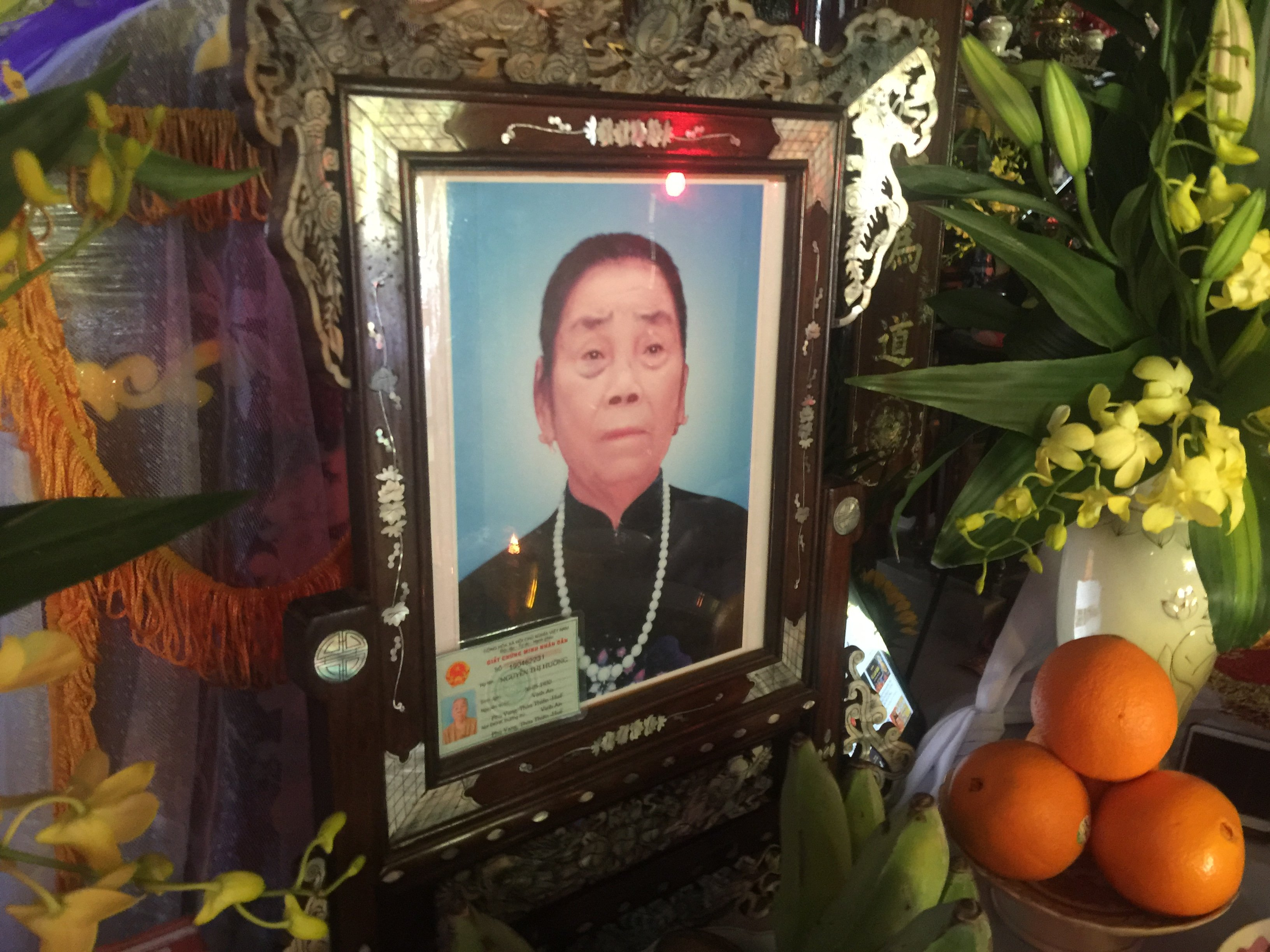 Mệ Nguyễn Thị Hưởng qua đời