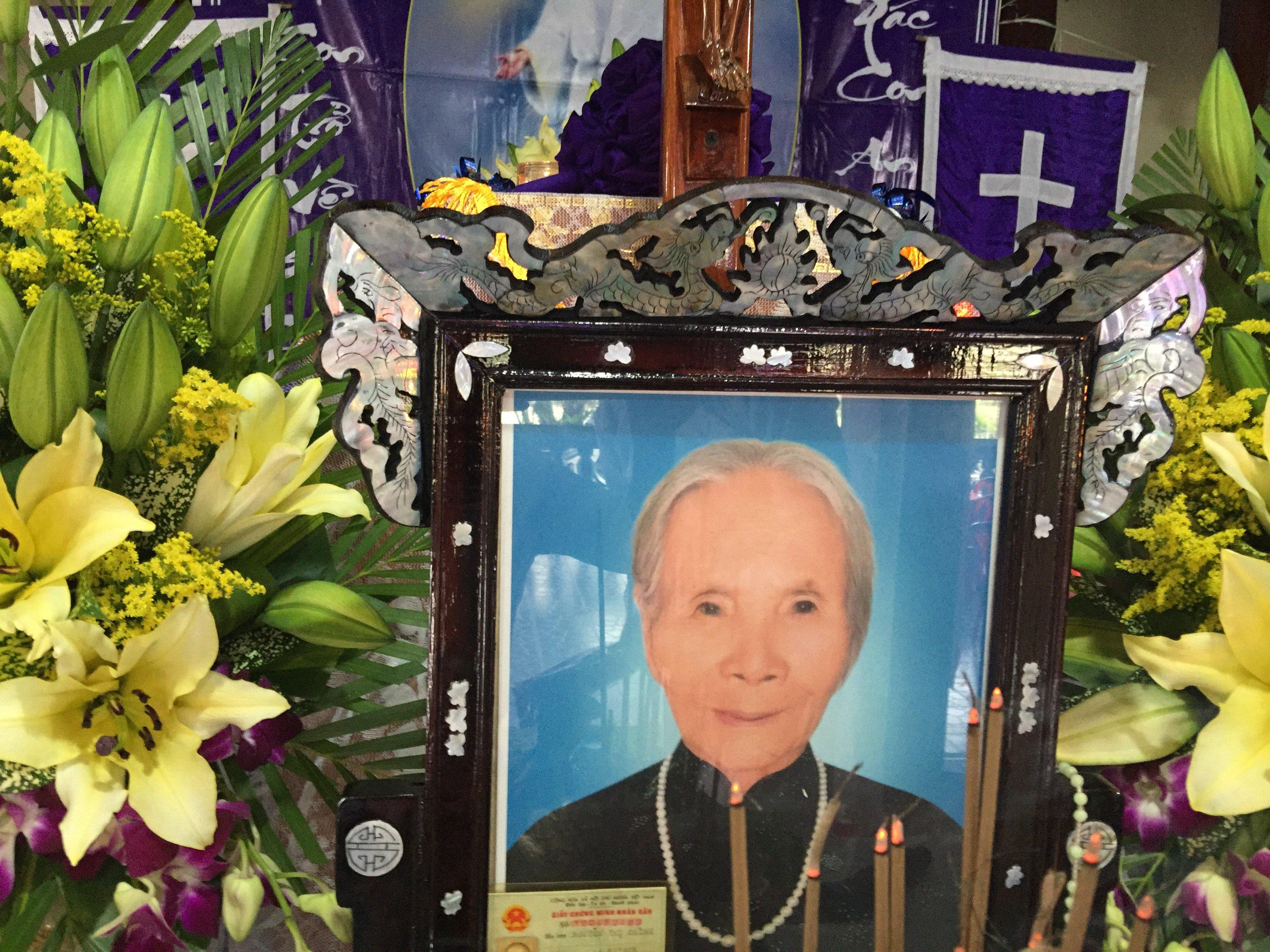 Mệ Nguyễn Thị Chình qua đời