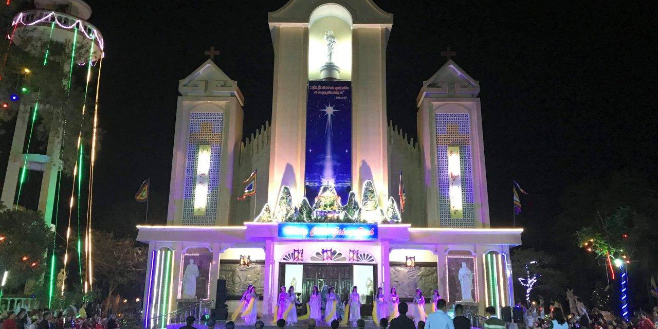 Văn Nghệ Mừng Giáng Sinh tại Giáo Xứ An Bằng