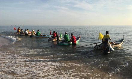 Hội đua thuyền bọt của các trai Bắc Thượng và Trung Định Hải